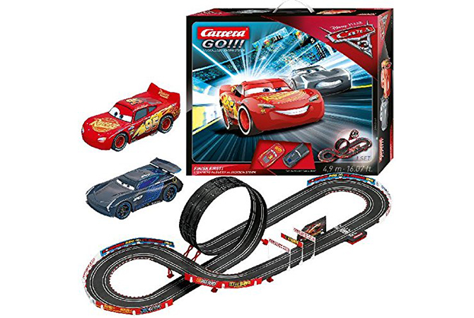 Pista Go!!! Cars 3 finish first de Disney Pixar