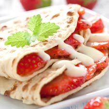 Crepes de fresas con queso fresco